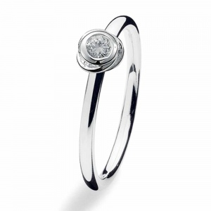 Spinning Jewelry Silver Knot CZ Ring 120-00
