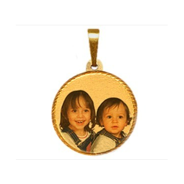 9ct Medium Laser Photo Pendant